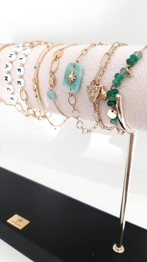 accessoires armbandjes oorbellen sjaals handtassen sothys zonneproducten makeup make-upshop